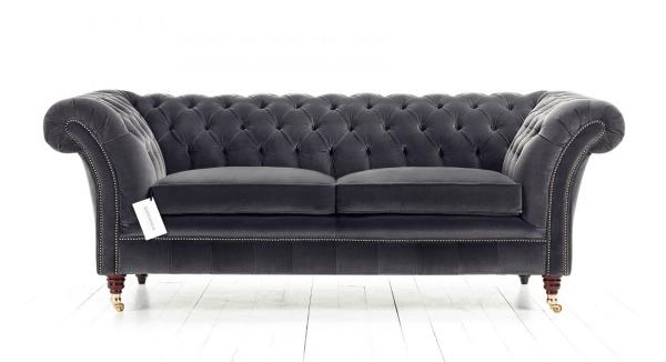 Distinctive Chesterfields Drummond Chesterfield Sofa